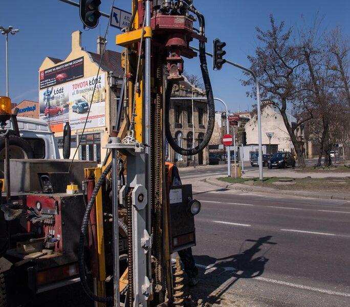 Wiercenia geologiczne na skrzyżowaniu ulic Wólczańskiej i Mickiewicza
